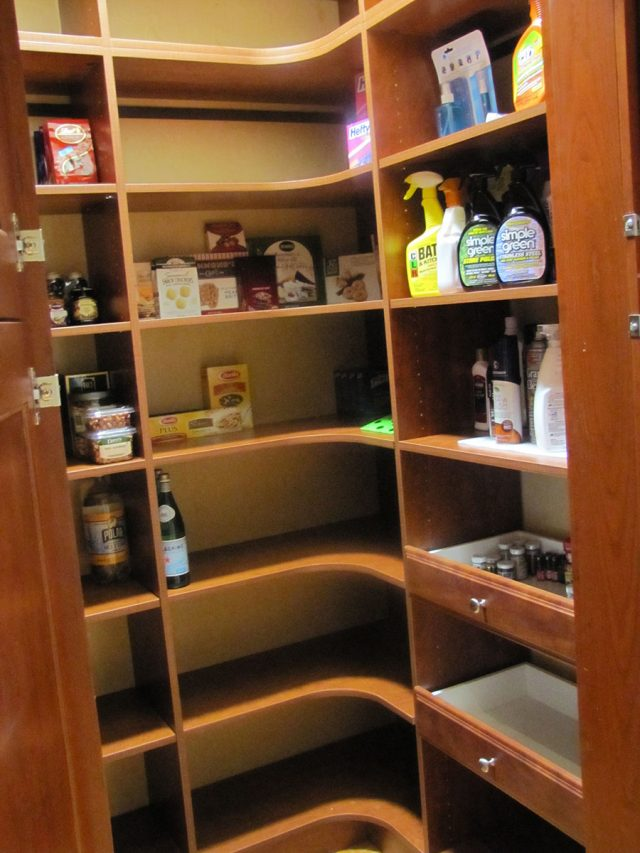 Sunset Pantry Radial Corner Shelving with Pull Outs
