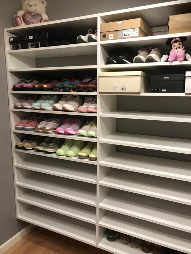 Flat Shoe Shelving