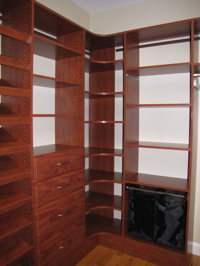 Sunset With Classic Drawers And Radial Shelving