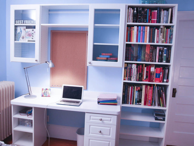 White Desk With Glass Cabinets And Bookcase